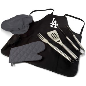 Get the ultimate grill uniform, equipped with three-piece BBQ tool set, BBQ mitt and chef's hat.